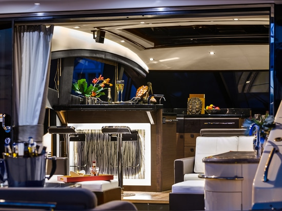 SEA RAY'S NEW L650 HITS THE WATER