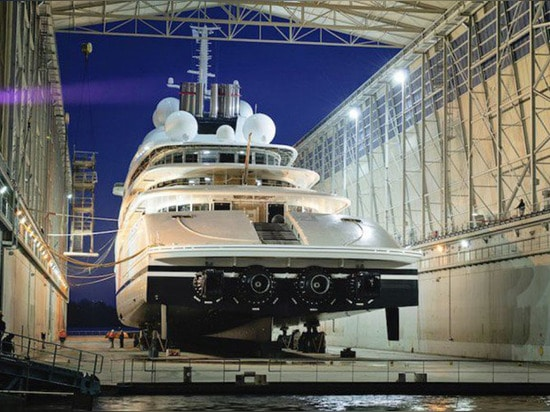 THE WORLD'S LARGEST YACHT