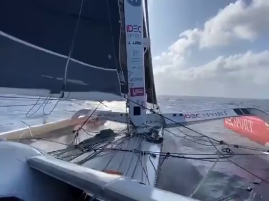 The Tea Route: IDEC Sport 180 miles ahead after two days of racing