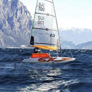 レース用ヨット / オープントランサム / 水中翼 / 非浸水性