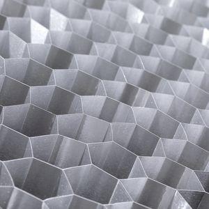 アルミニウム製ハニカムコア材