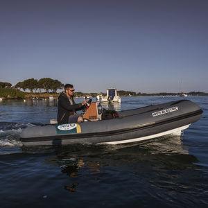 電動インフレータブルボート