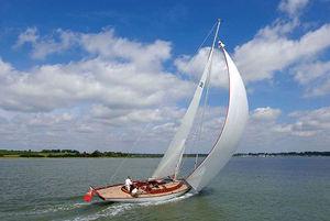 クルージング帆船 / 伝統的 / レース用 / オープントランサム