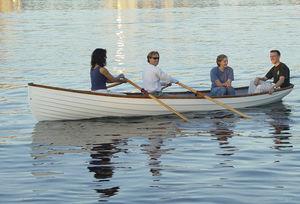 遊び用手こぎボート