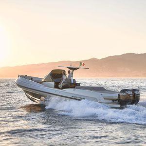 船外機インフレータブルボート / 双発 / 半硬質 / オープン