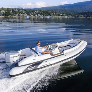 船外インフレータブルボート / 半硬式 / サイド コンソール / グラスファイバー