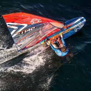 レース用ウィンドサーフィンボード / 速度 / スラローム