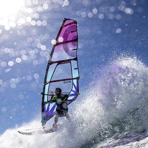 波用ウインドサーフィンの帆 / 5バテン