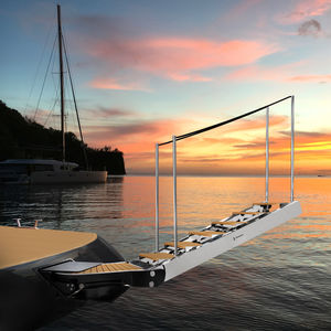 ヨット用はしご / 回転 / 搭乗 / 船尾