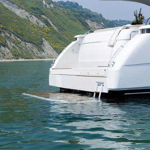 ヨット用プラットフォーム