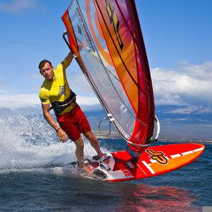 波用ウィンドサーフィンボード / フリースタイル / 薄状三角型