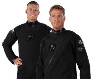 潜水ドライスーツ