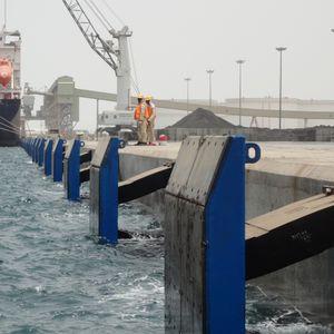 港湾用防舷物 / 船舶 / ドック用 / モジュール式