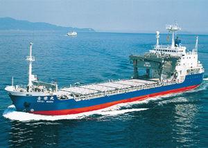 核廃棄物運送車専用船