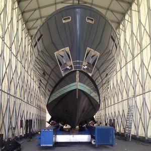 ボート修理臨時シェルター