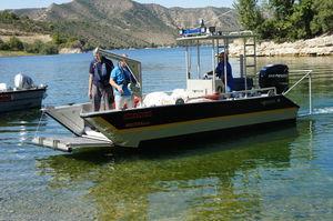アルミニウム製上陸用舟艇