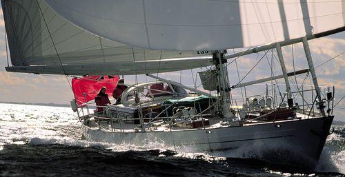 クルージング帆船 / クルージング競技 / カーボン製 / キャビン4つ