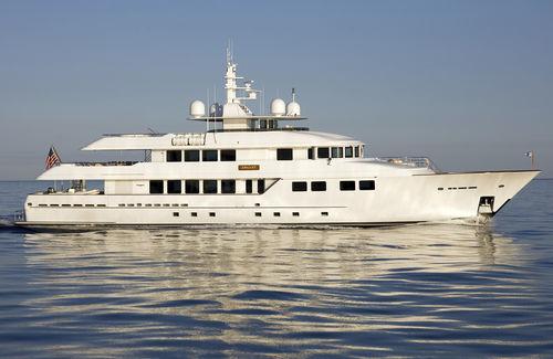 高速メガヨット / クラシック / 高部操舵室 / 移動用船艇