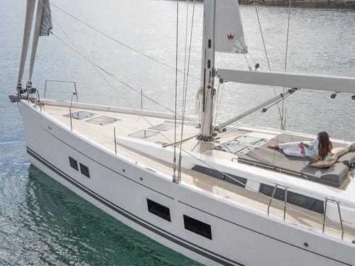 クルージング帆船 / オープントランサム / ブリッジサロン / キャビン4つまたは5つ
