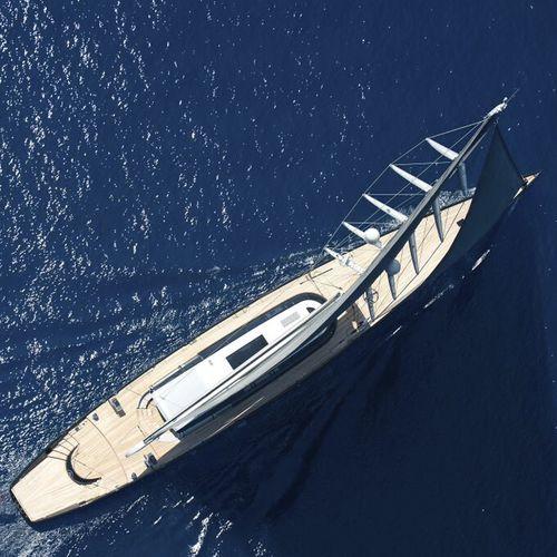 帆走ヨット用マスト / ファーリング / 炭素