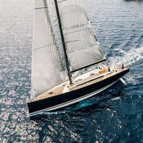 クルージング帆船