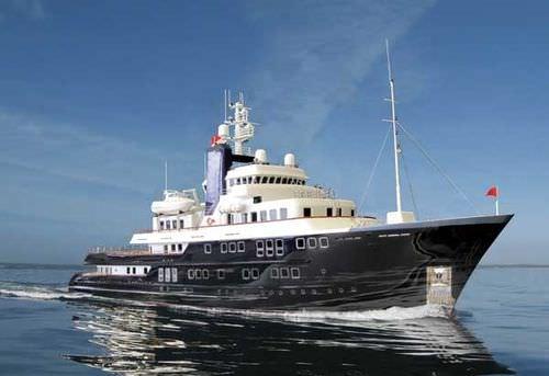 探検メガヨット