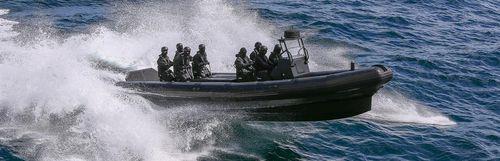 軍船 / 船内 / 船外 / 複合艇