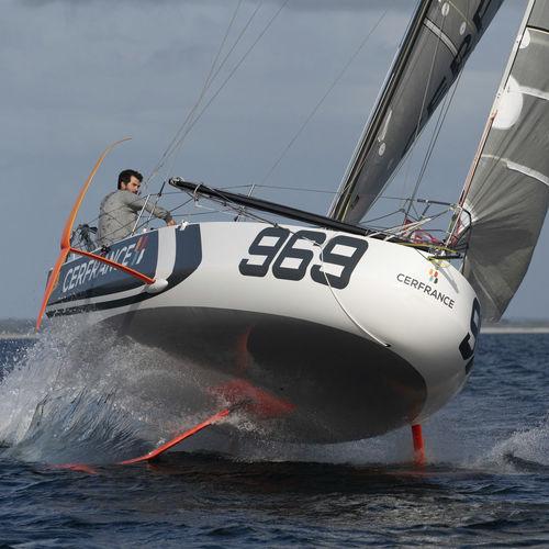 レース用ヨット