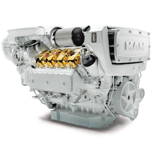 船内エンジン