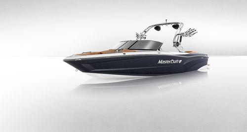 船内ランナバウトボート / デュアルコンソール / ボウライダー / 水上スキー