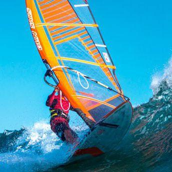 フリームーブウインドサーフィンの帆