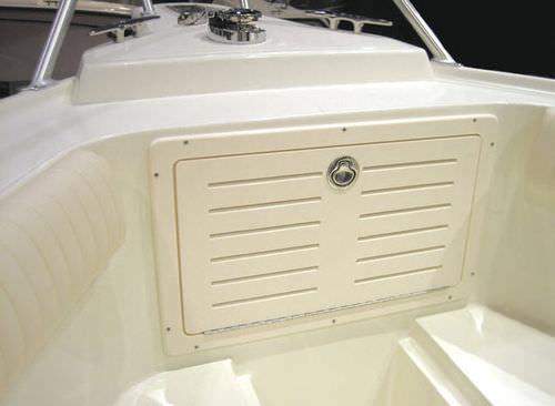 ボート用アクセストラップドア