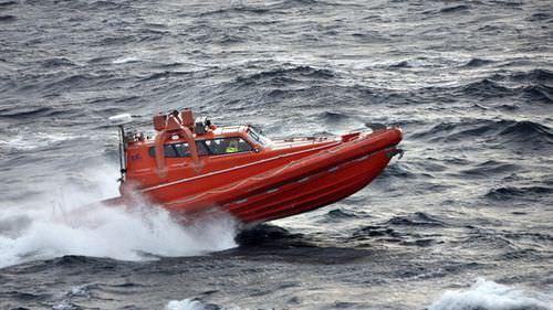 船用救助ボート / 船内 / ハイドロジェット / 密閉式コックピット