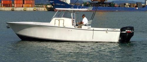 モーターボート用ハードトップ