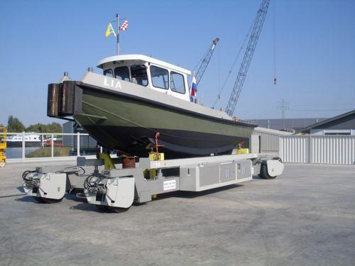 ハンドリングトレーラー / 造船所用 / 自走式