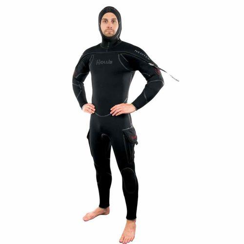 潜水セミドライスーツ