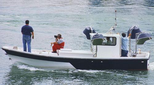 釣り用補助船