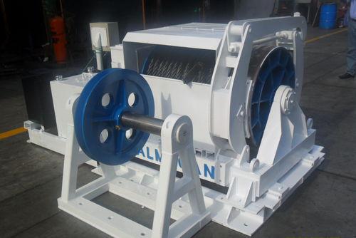 造船所用ウィンチ / 乾ドック / 油圧モーター / 電気駆動