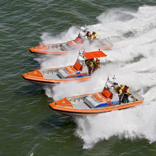 捜索救助船業務用ボート / インボードウォータージェット