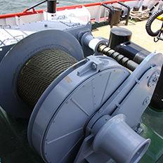 船用ウィンチ / タグボート / 牽引用 / 油圧モーター