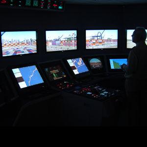 simulador para treinamento / de ECDIS / para navio