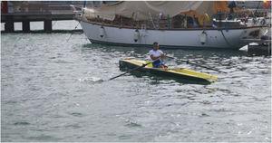 barco a remo de lazer