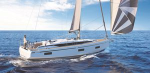 veleiro de cruzeiro / de popa aberta / 2 ou 3 cabines / gurupés