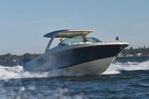 lancha Express Cruiser com motor de popa / a diesel / bimotor / open