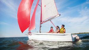 barco de vela ligeira para dois tripulantes