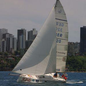 veleiro de cruzeiro rápido / de cruzeiro e regata / de popa aberta / com quilha retrátil