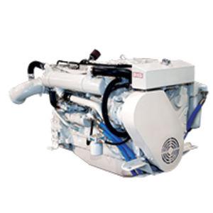 motor para navio auxiliar / a diesel / de injeção direta / a turbo