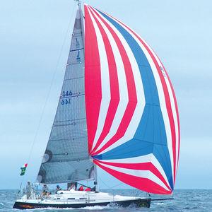 spinnaker assimétrico / para veleiro de regata / de poliéster / em enrolador