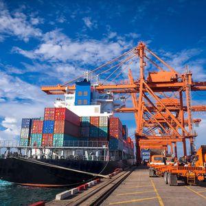 sistema de controle para navio / das tensões nos cabos de amarração / alarme