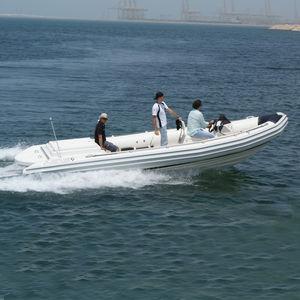 barco de trabalho / com motor de centro / barco inflável semirrígido